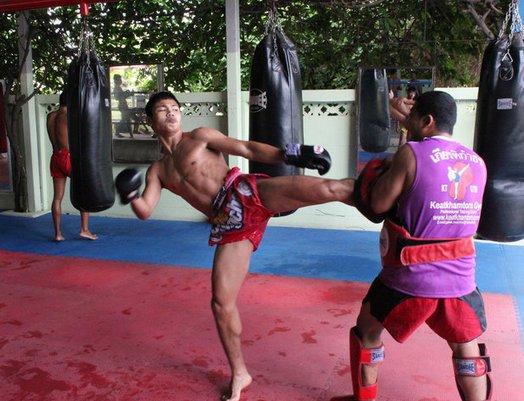 Keatkhamtorn Gym Muaythai Training Bangkok